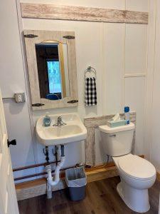 Cabin 6 half bath